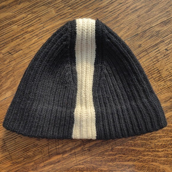 Other - Black & White 100% Wool Beanie Hat